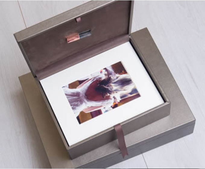 Pittsburgh Wedding Photographer - Folio Box