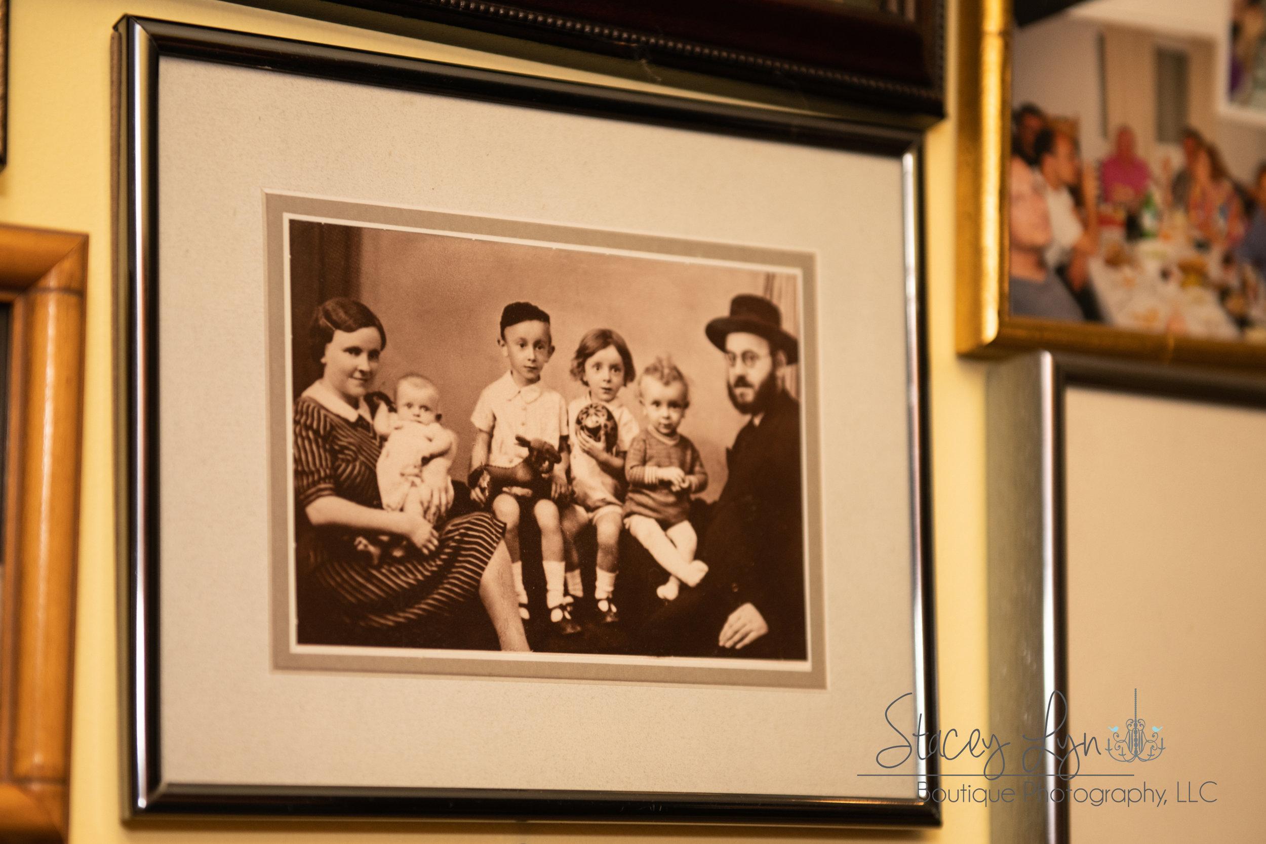Judah Samet's family before the Holocaust. (Judah, second from right)