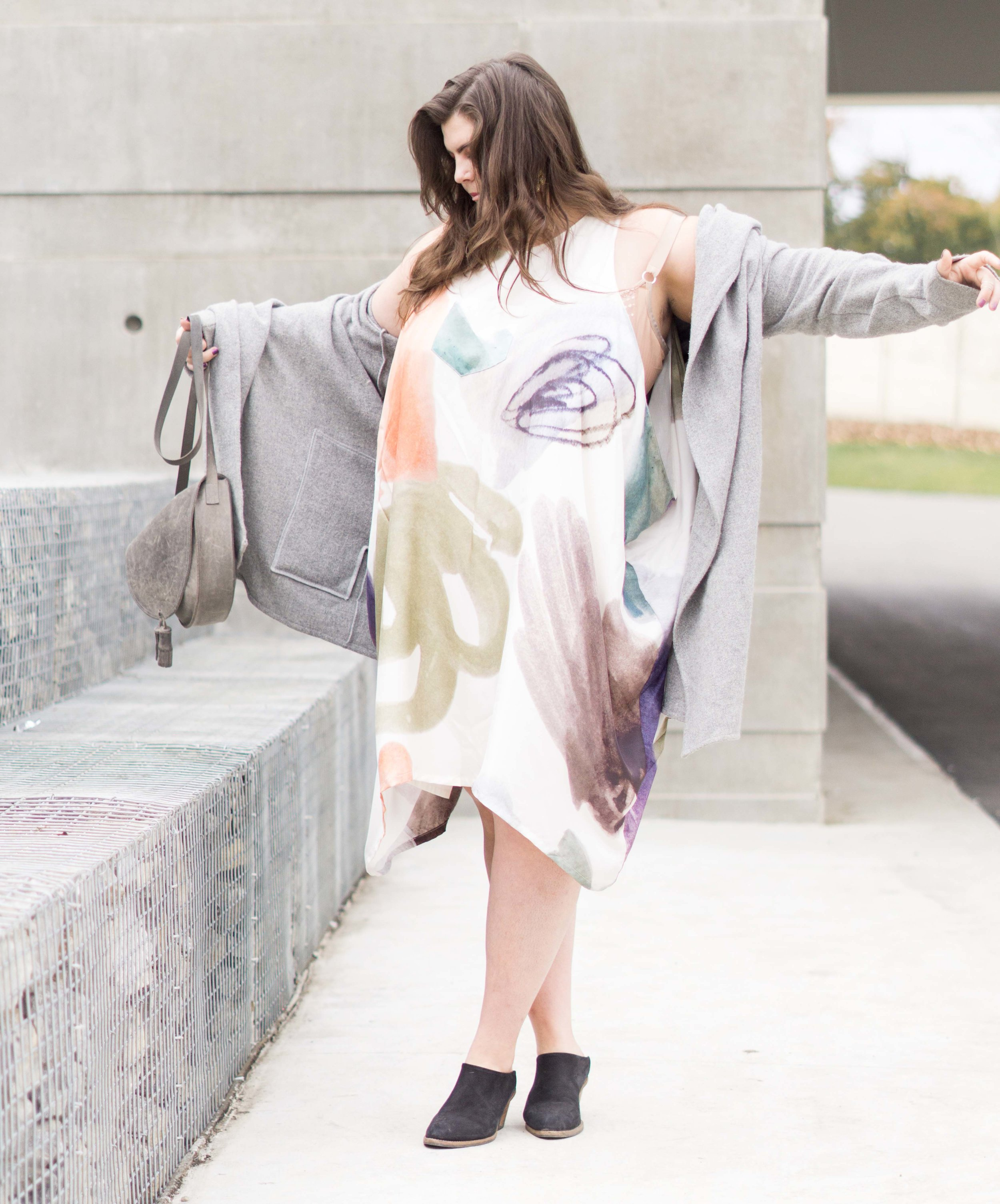 The Complete List of Slow Fashion Brands for Plus Size Bodies - A long time in the works, this list has been repeatedly requested and I'm so delighted to share it - ethically made brands that dared to expand past a size 14.May this give you a jumping off place to find pieces you'll love. You are not alone, it is really really hard, but there are places, brands, shops that think your body is beautiful and worth adorning with gorgeous garments. And this is that list.
