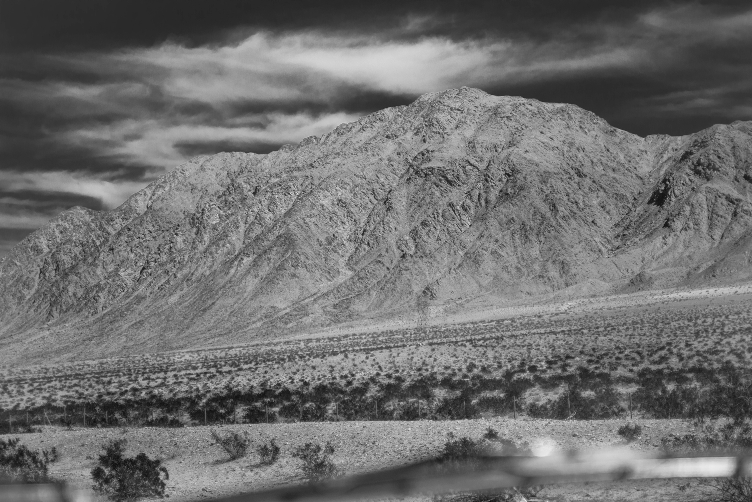 Nevada through windshield, © Robert Welkie 2016