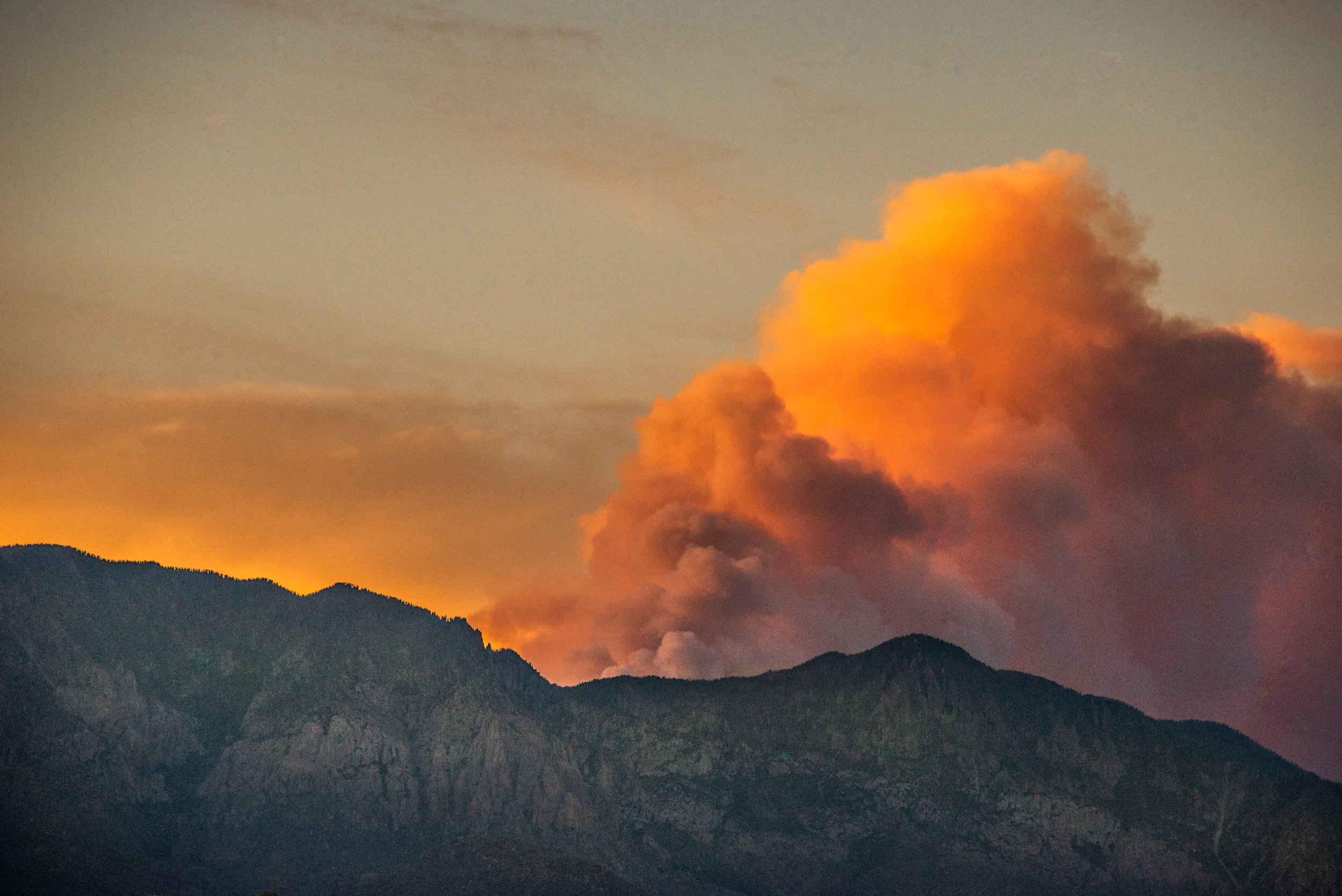 Fire and Mountain from Saint George, Utah © Robert Welkie 2018