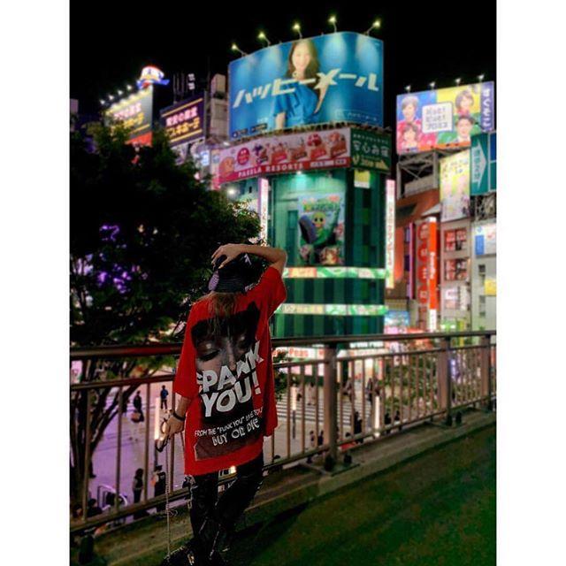 SPANK YOU @kodakumi_official for wearing the Saint Sin pre-SS19 oversized tee #saintsin #spankyou #kodakumi #genuinefake