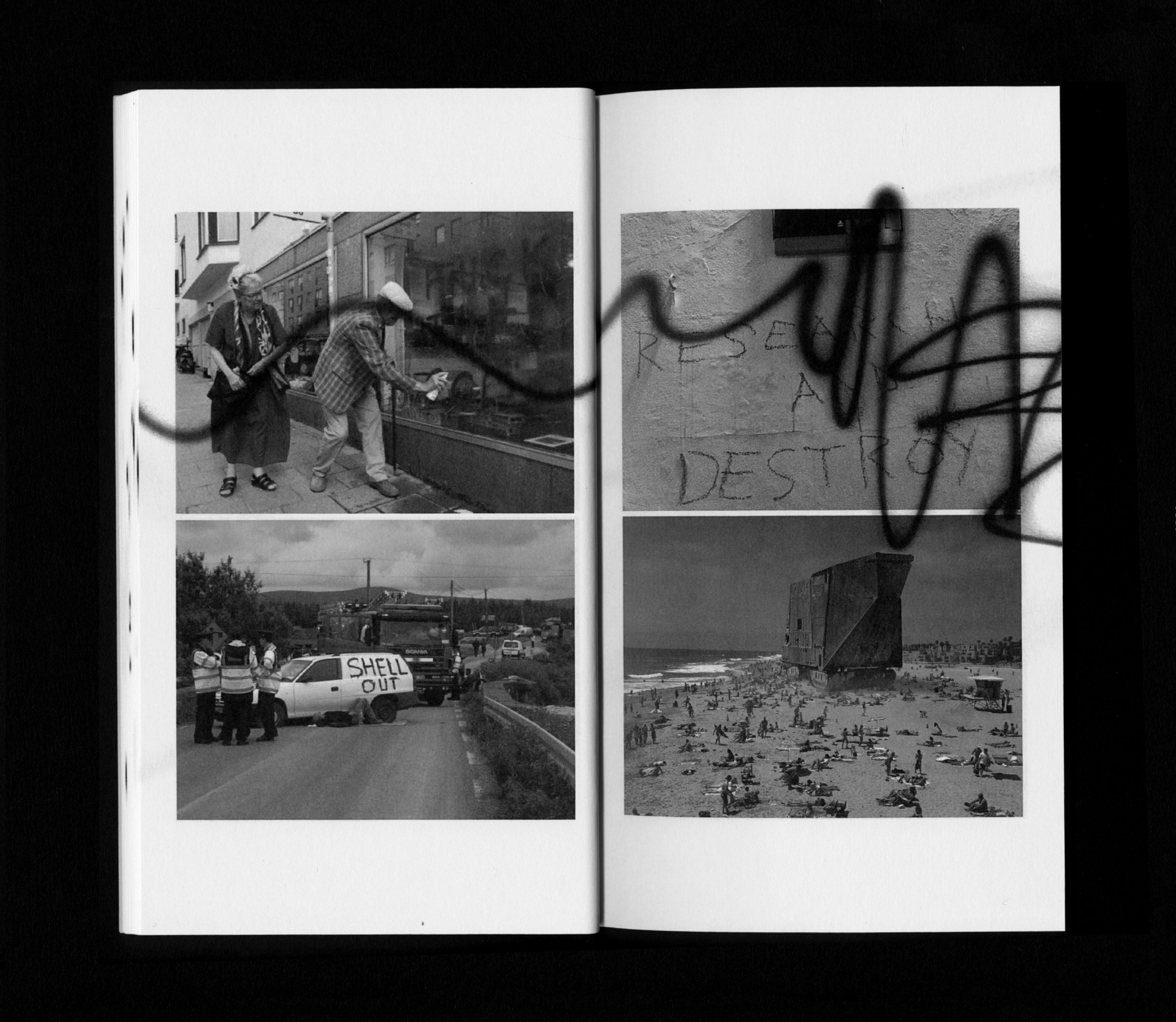 Frisk Flugt - Sabotage (60 pages). Spread. Published by Ovo Press, 2015