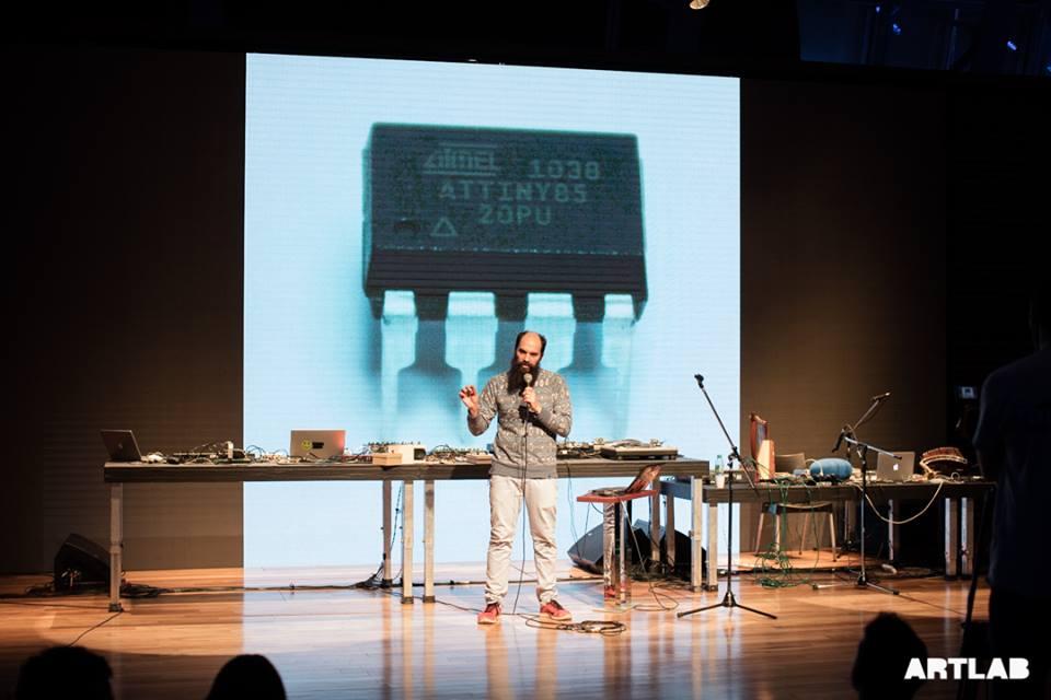 Crowe y Melmann: taller de sonido electrónico y performance en el CCK -