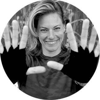 ....MORE ABOUT OUR COACH SYNTHIA STOFFER..MEER OVER ONZE COACH SYNTHIA STOFFER.... -