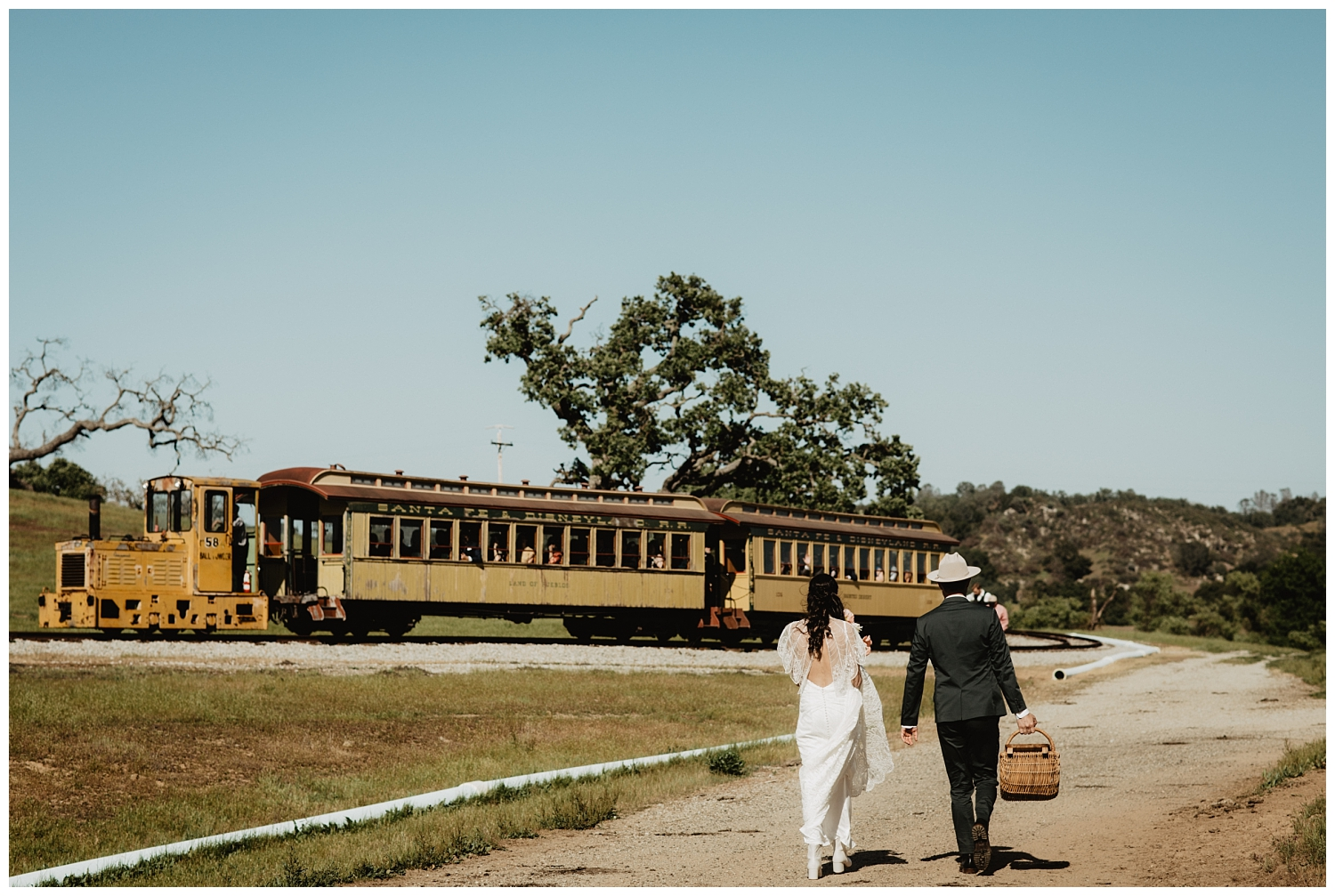 Romantic Country Santa Margarita Ranch Wedding_3216.jpg