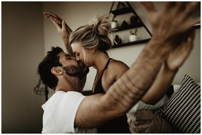 Intimate-Lifestyle-Engagement-Session_3431.jpg
