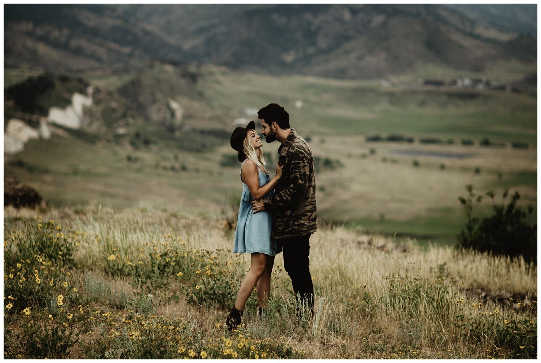 Intimate-Lifestyle-Engagement-Session_3447.jpg