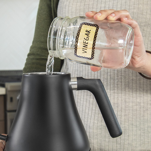 Easy Cleanup   Easily clean the kettle, whether you're descaling it with vinegar or wiping it down.