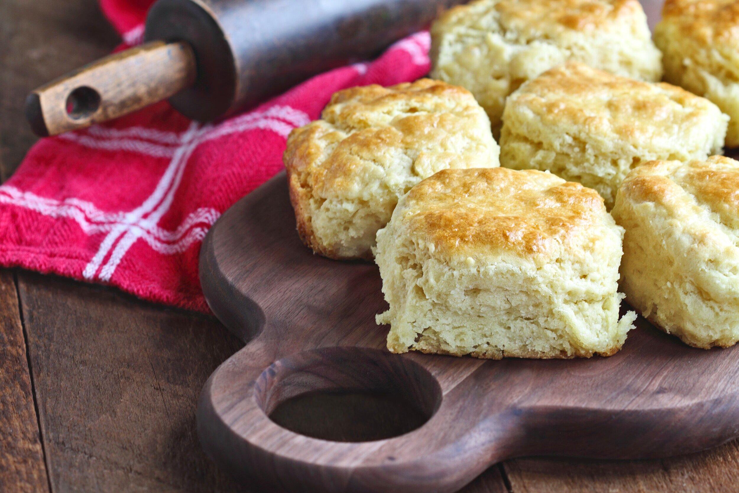 Buttermilk+Biscuits.jpg
