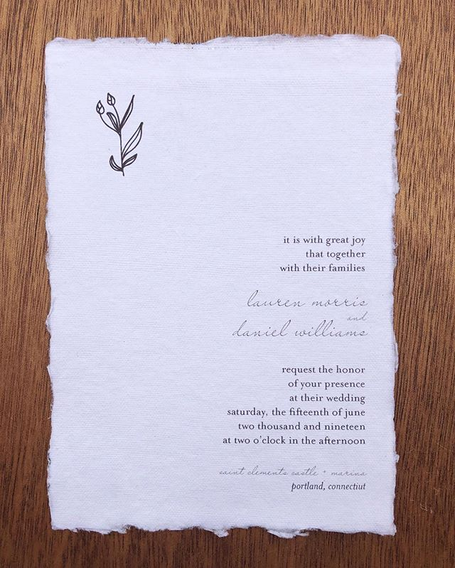 simplicity and elegance wrapped into one gorgeous invite 💌  planning your wedding, or about to start? let's begin talking about your stationery! send me an email at hello@alicianapierkowski.com or inquire at the link in my bio! ⠀⠀⠀⠀⠀⠀⠀⠀⠀ ⠀⠀⠀⠀⠀⠀⠀⠀⠀ paper: @fabulousfancypants ⠀⠀⠀⠀⠀⠀⠀⠀⠀ ⠀⠀⠀⠀⠀⠀⠀⠀⠀ ⠀⠀⠀⠀⠀⠀⠀⠀⠀ ⠀⠀⠀⠀⠀⠀⠀⠀⠀ ⠀⠀⠀⠀⠀⠀⠀⠀⠀ ——— #fineartinvitations #calligraphy #lettersbylash #lettering #dailydoseofpaper #calligstagram #weddingtrends #artist #moderncalligraphy #weddinginvites #calligrapher  #calligraphylove #weddingstationery #weddingseason #lovenotes #weddingvendor #weddingcalligraphy #weddinginvitationdesigner #fineartinvitations #weddingseason2019 #envelopecalligraphy #greetingcards #designinspiration #weddinginspiration #handmade #weddinginvitations #stationerydesign #newenglandwedding #theknot #stationery