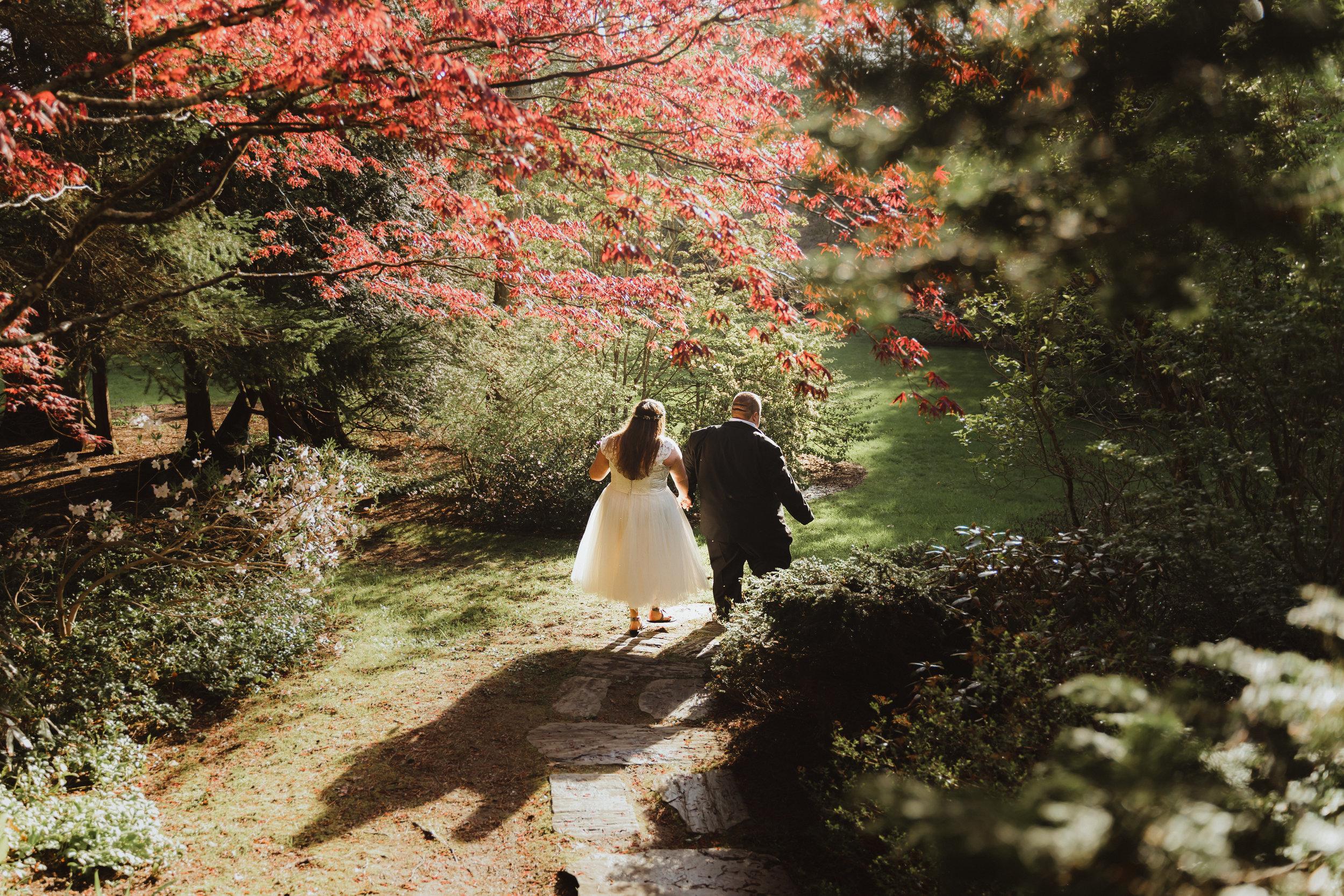 coastal wedding plus size couple rockland maine vesper hill childrens chapel 1