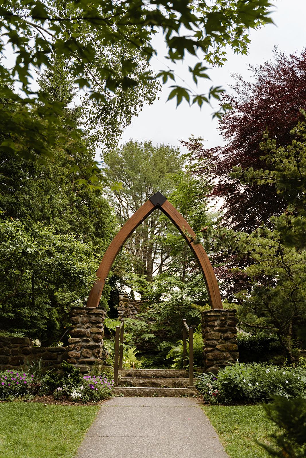 coastal wedding plus size couple rockland maine vesper hill childrens chapel 10