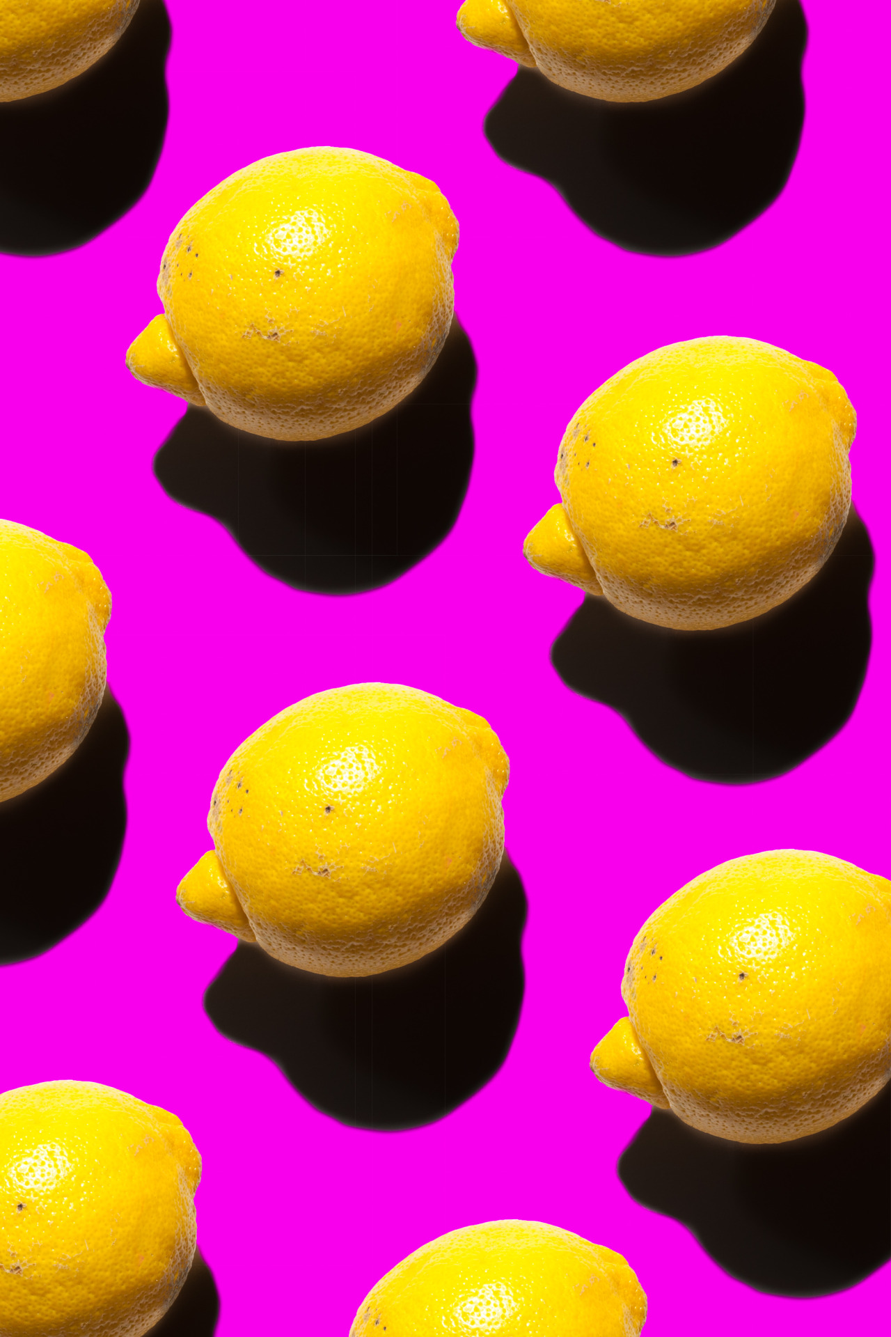 Testing my new lights with a lemon & making funky stuff while doing it.