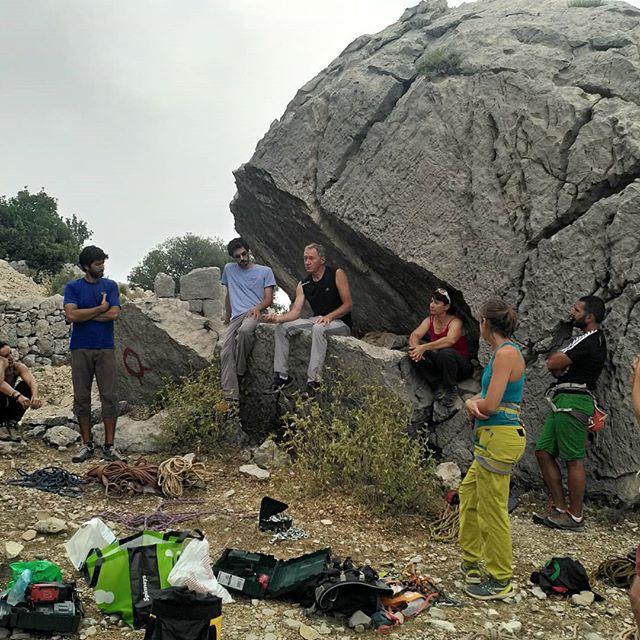 Bolting workshop ! • • • • #bolting #workshop #crag #climbing #climbingworldwide #climbing_is_my_passion #rockclimbing