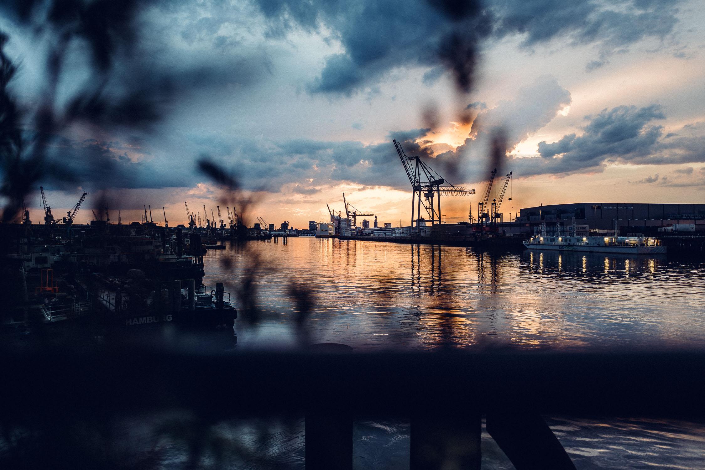 sunset hamburg harbour