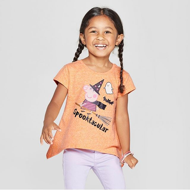 Isn't this top just Spooktacular?! Get your daughter this Peppa Pig Halloween shirt now at Target! Click the link in our bio to purchase. 🐽👻🦇 #Peppa #Halloween #graphictee #toddlergirl #girltop #toddler #toddlerclothing #toddlerfashion #graphictee #clothing #apparel #childrenswear #fashion #trends #fashiontrends #kidsstyle #kids #style #fashionkids #fashionkidsoftheday #fashionkidsofinstagram #ootd #momlife #momswithkids #momsofinstagram