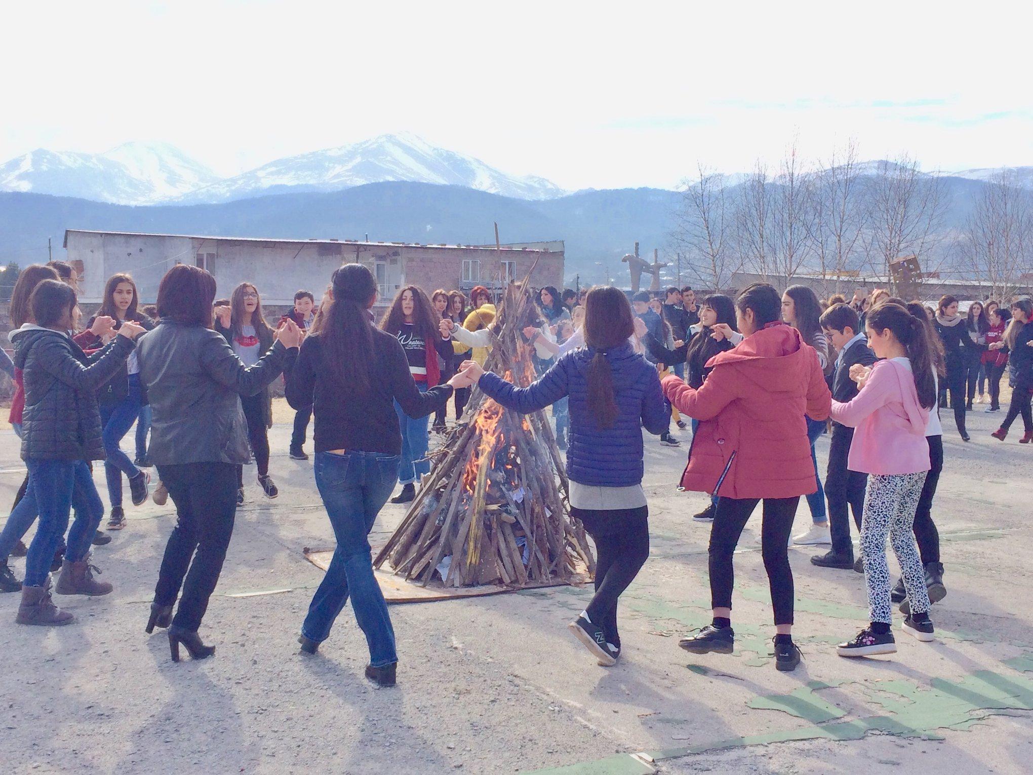 Dearnentarach at the Vahan Tekeyan School of Stepanavan 2019