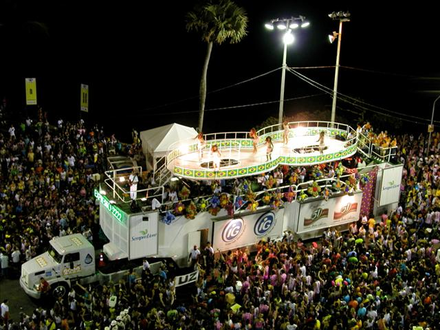 tn_480_brazil_carnival7.jpg.jpg