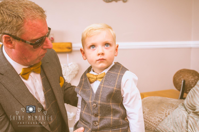 shiny-memories-wedding-photograpy-north-wales-Magpie&Stump-04415.jpg