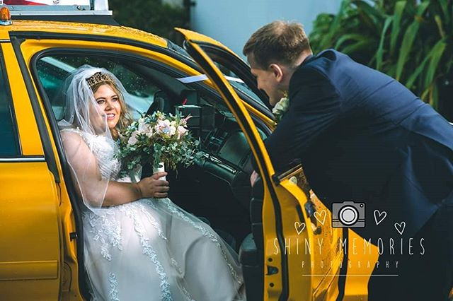 New York 🚕  action in North Wales wedding :) x  #shinymemories #shinymemoriesphotography #northwalesweddingphotohraphy #northwalesweddingphotographer #Sonyalpha