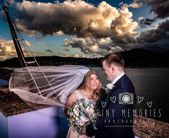 Dramatic sky's at the quays. X  #shinymemories #northwalesweddingphotographer #northwalesweddingphotohraphy #Sony #ocf #shinymemoriesphotography #veilaction