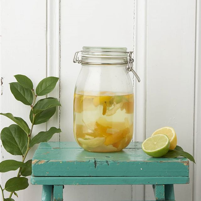 As promised here's a recipe for a simple all purpose cleaner 😊  ___ You will need:  Vinegar or apple cider vinegar (not as smelly!) Water Citrus peels ( 2/3 handfuls!) Sealed container Spray bottle ___ Pour 1/4 vinegar to every 1 cup of water into the container and repeat until the container is just over 3 quarters full. Then add old lemon, lime or orange peels ( I save mine up, keeping them in the freezer until I need them). 🍋🍊 ___ Mix well and seal container. Then leave to soak for 2-4 weeks. The longer you leave it the more it will smell like citrus fruits!  After a few weeks strain into a spray bottle. I use a glass, amber coloured bottle as it keeps protects the mixture from the sun. ☀️ But you can repurpose an old spray bottle too!  ___ The high acidity of the vinegar makes it a great non-toxic cleaning option! If diluted correctly then this cleaner can be used on surfaces such as wood or stone but always test first!  ___