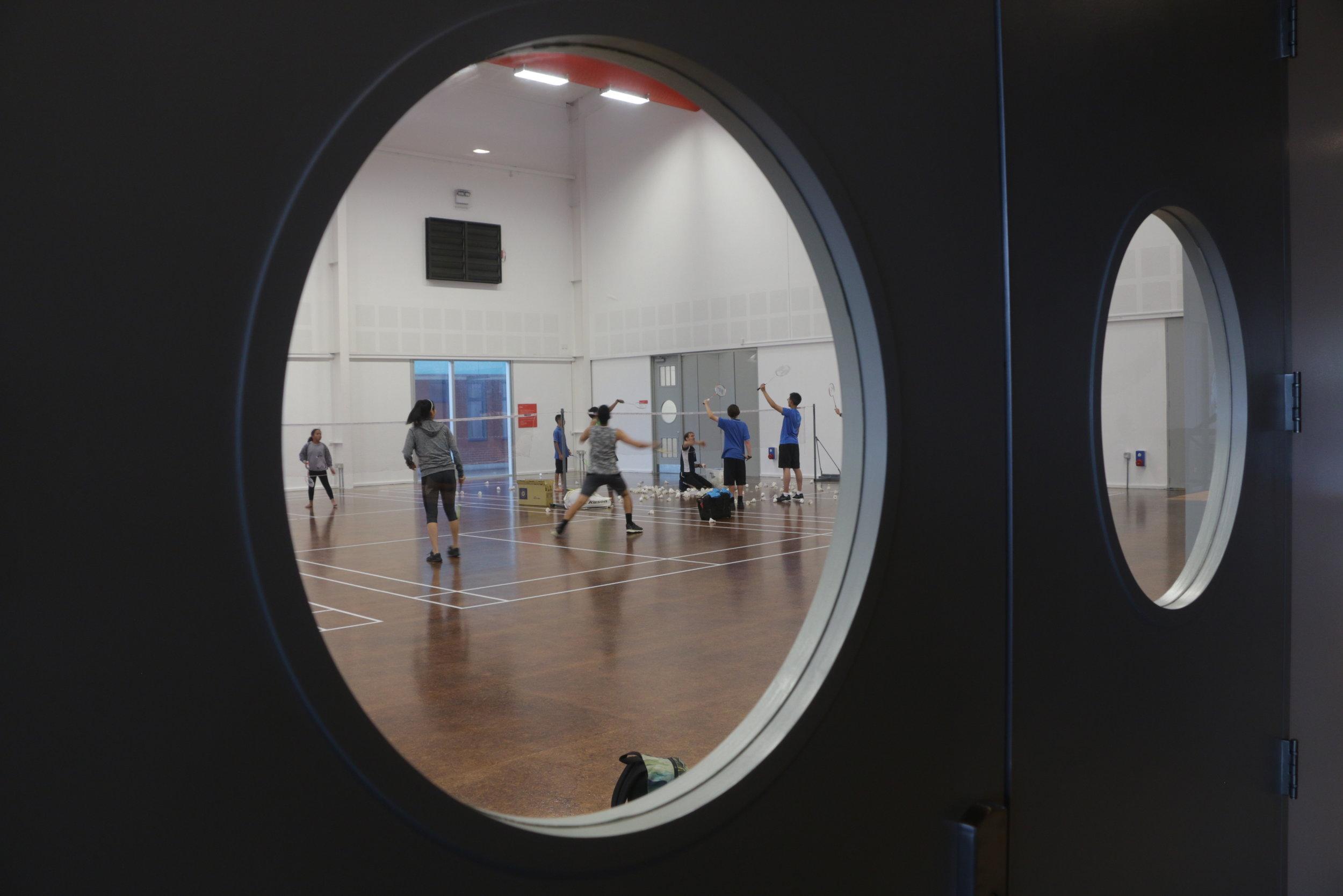 Badminton   4.jpg