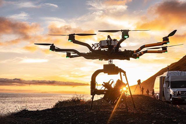 Drone Magic hour pursuit.  WWW.LOSFELIZAIRLINES.COM 📸@defcon_1