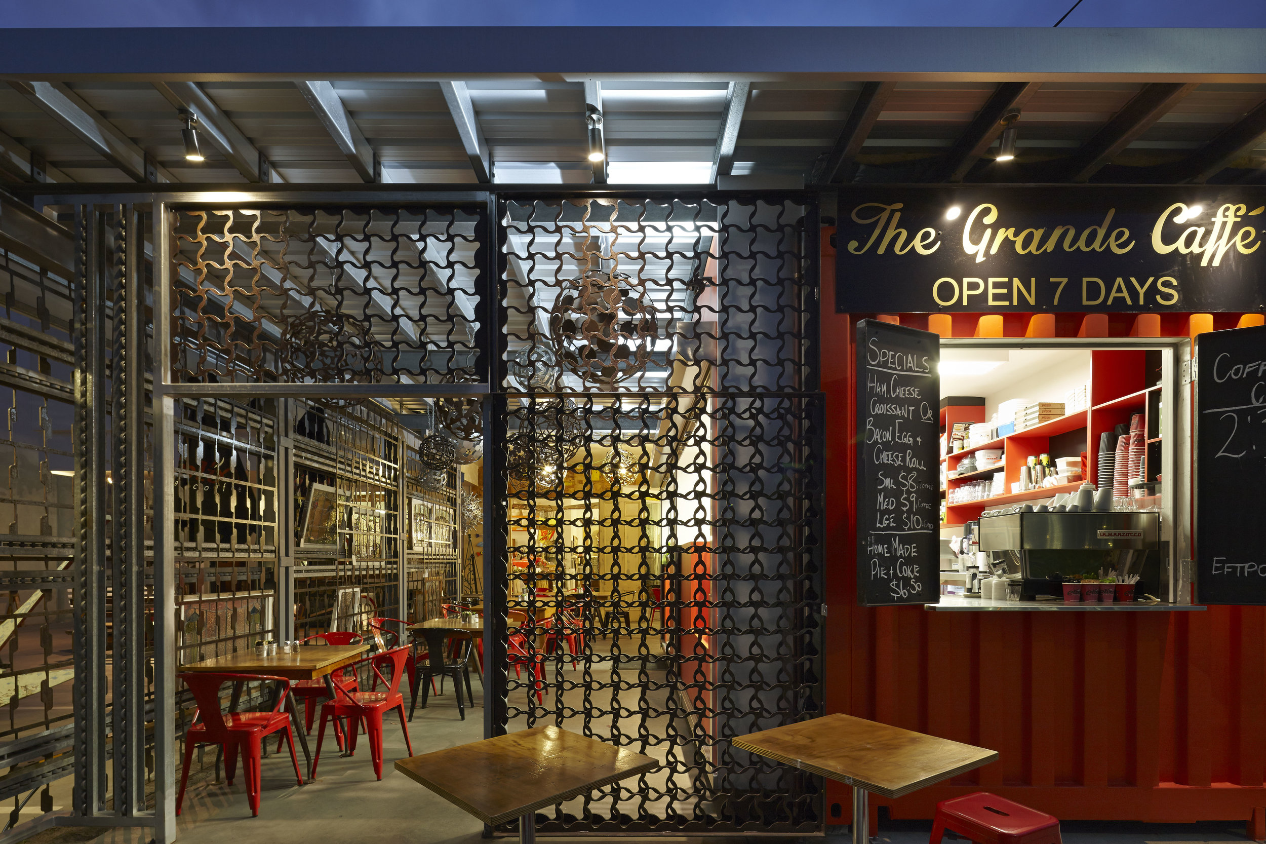 Guymer-bailey-architects-Grand-Ideas-cafe-commercial-03.jpg