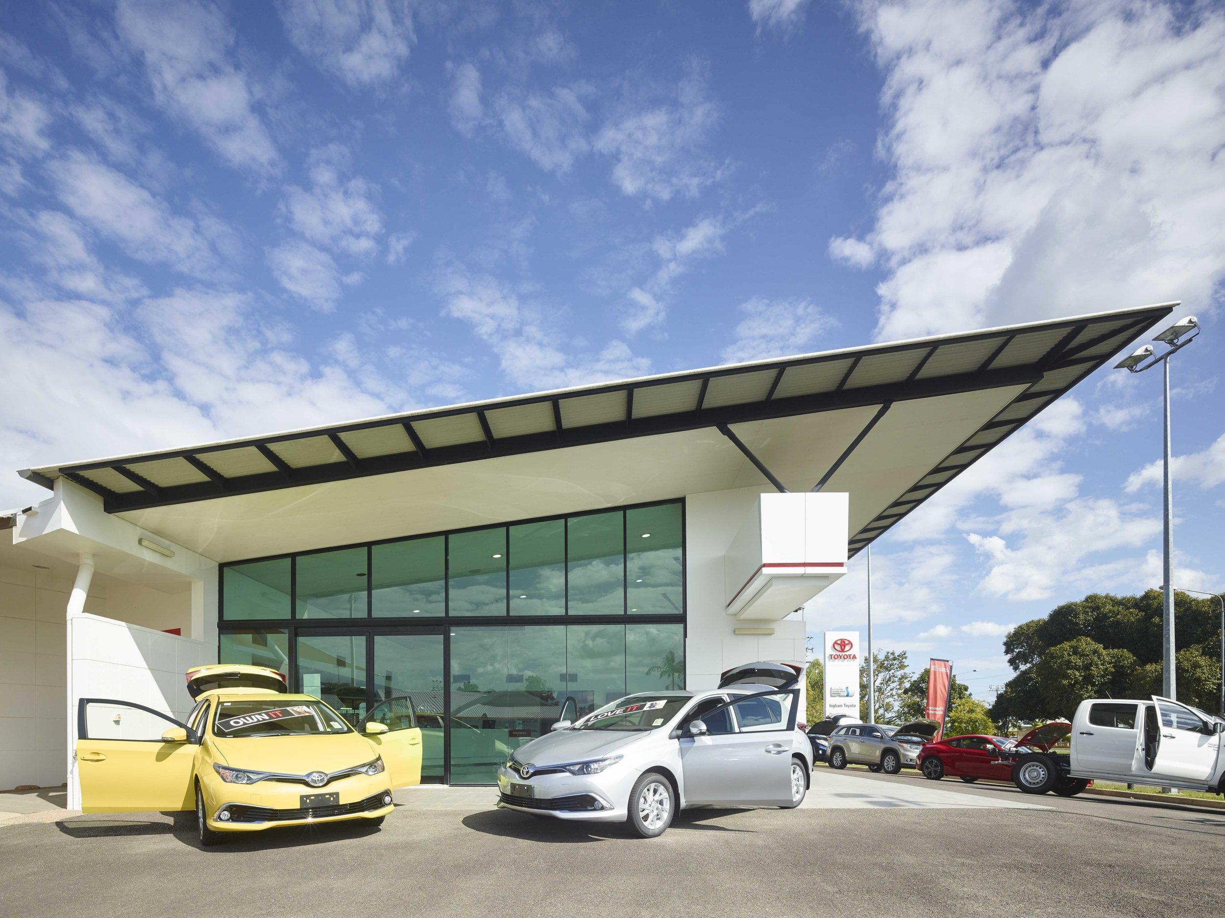 Guymer-bailey-architects-Toyota-Ingham-02.jpg