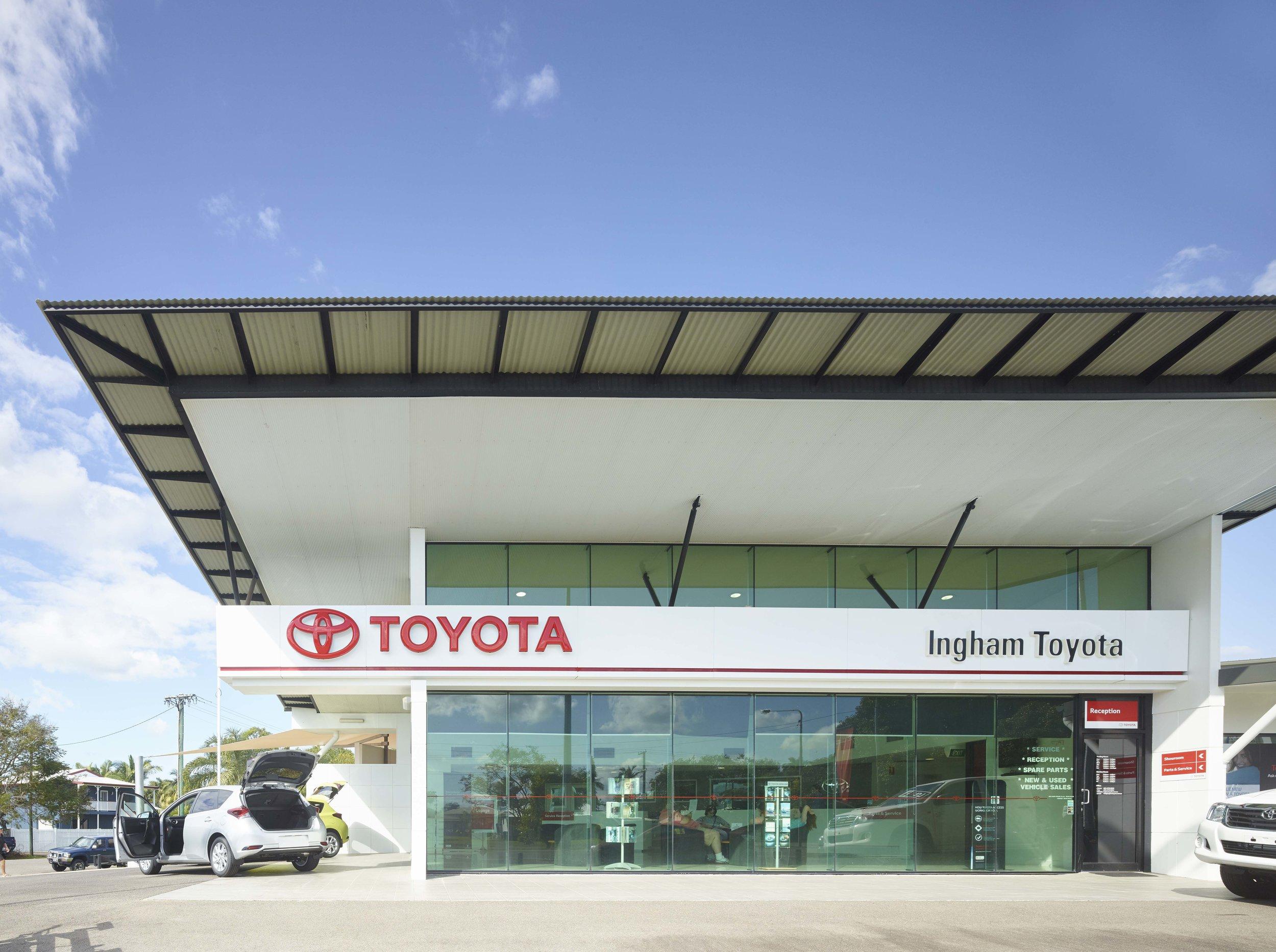 Guymer-bailey-architects-Toyota-Ingham-04.jpg