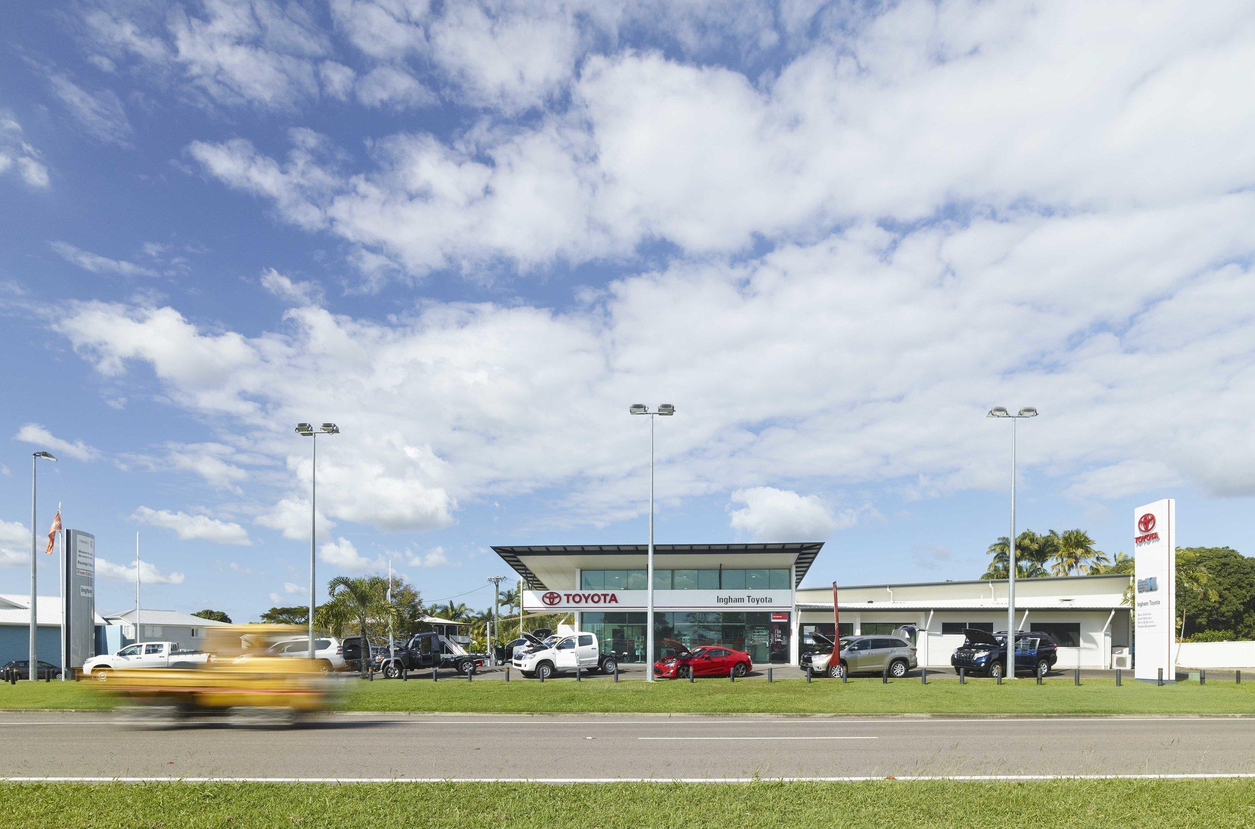 Guymer-bailey-architects-Toyota-Ingham-05.jpg
