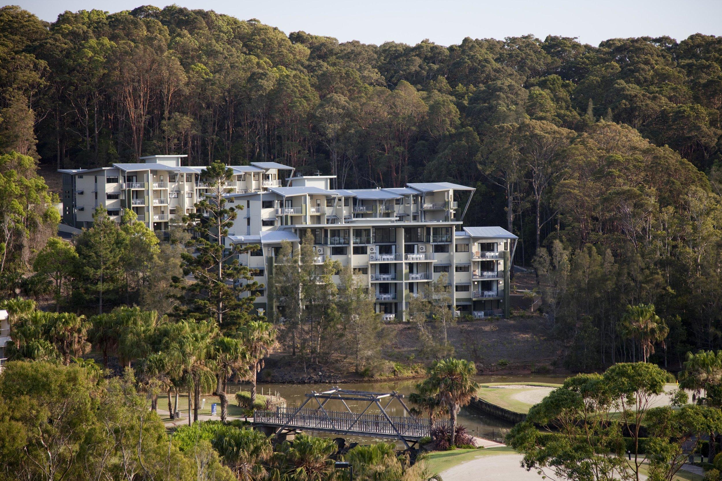 Tree-Tops-Pacific-Bay-Resort-guymer-bailey-01.jpg