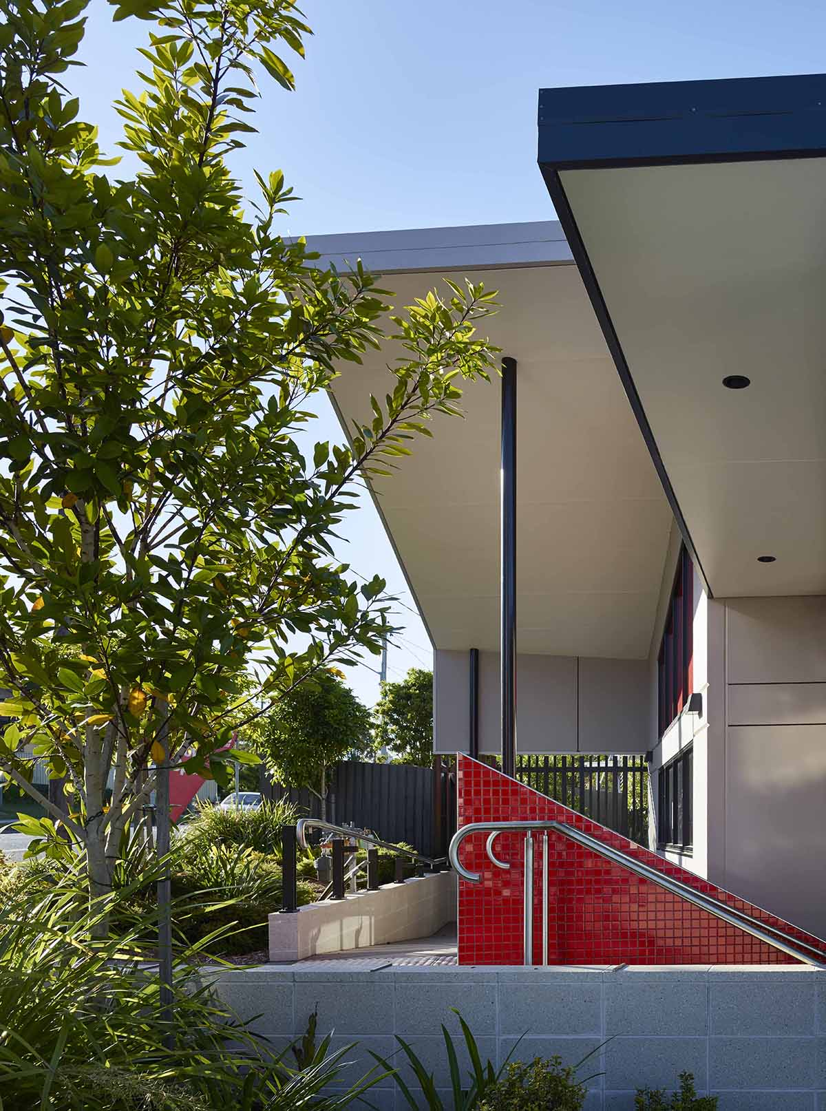 Hamilton Rd Commercial by Guymer Bailey Architects