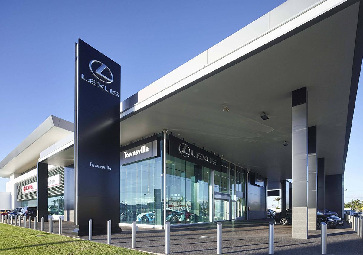 Guymer-bailey-architects-Townsville-Toyota-01.jpg