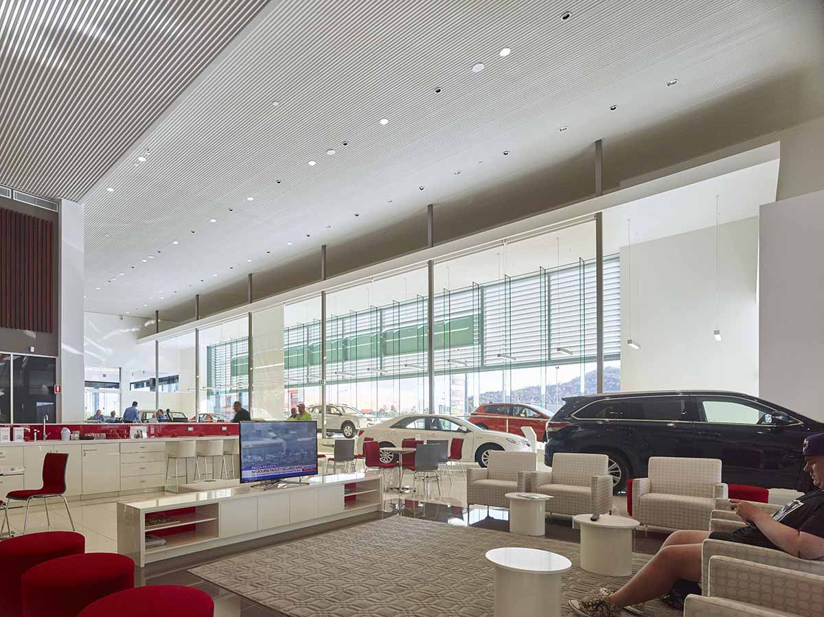 Toyota Townsville Showroom by Guymer Bailey