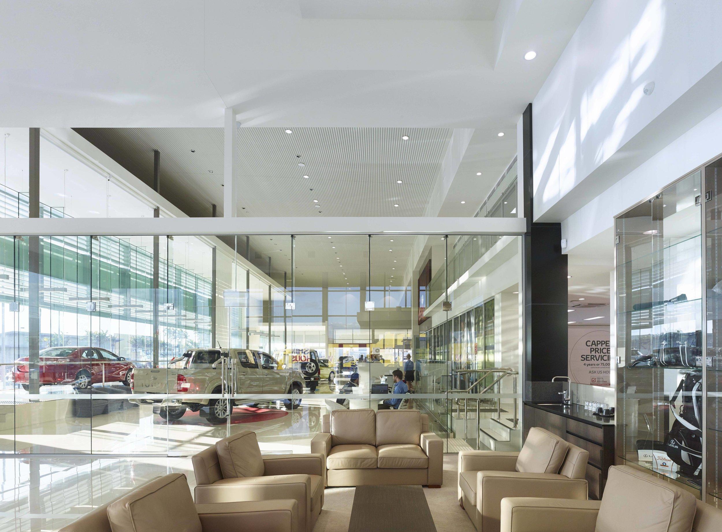 Guymer-bailey-architects-Townsville-Toyota-05.jpg