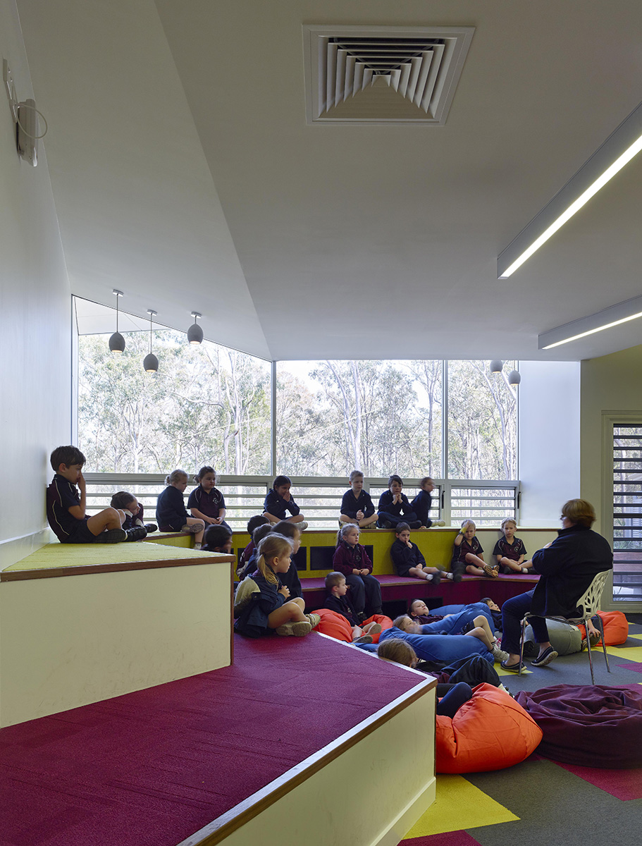 Kimberly Arts Building and Library by Guymer Bailey Architects
