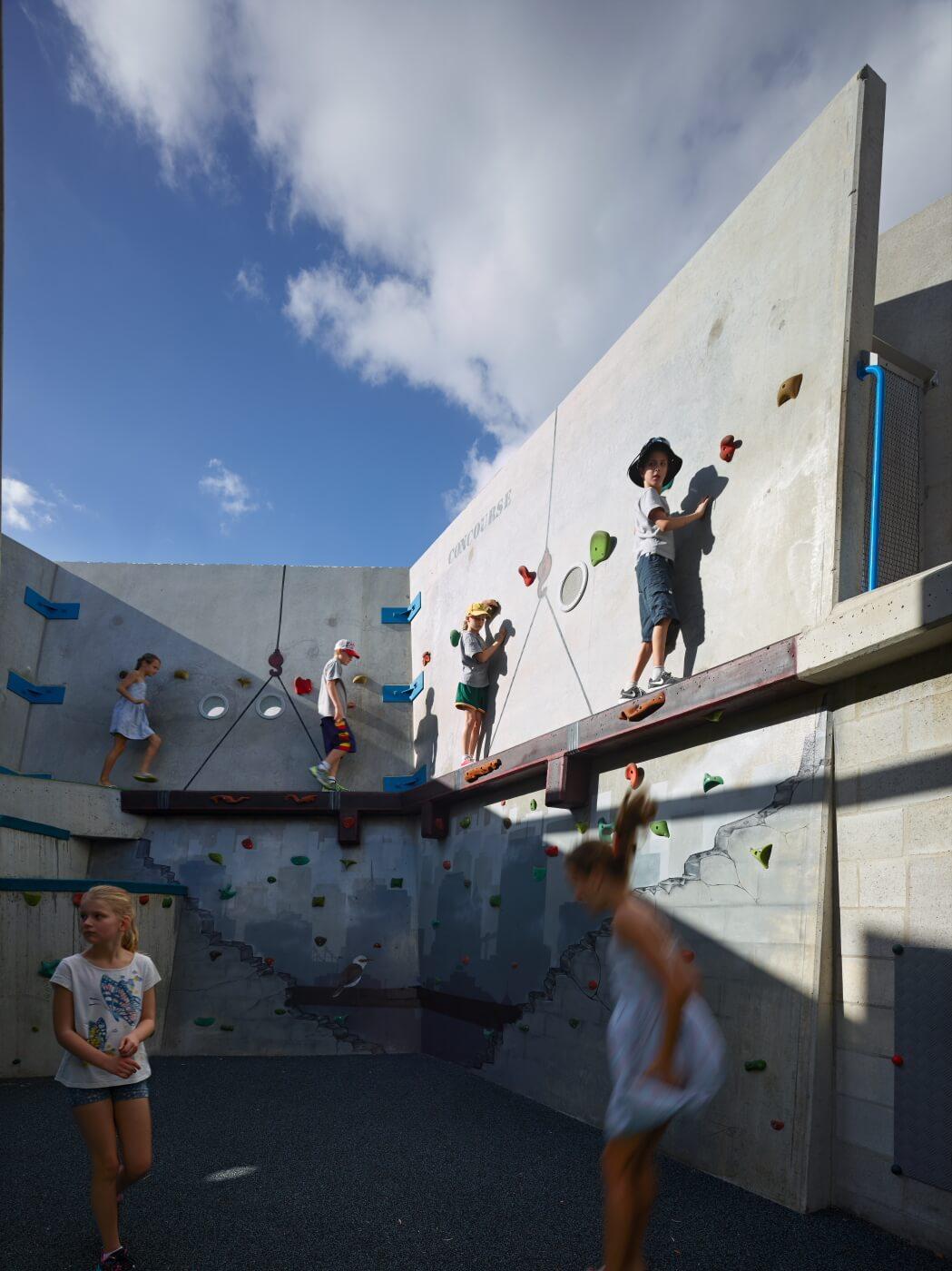 Frew-park-arena-playground-guymer-bailey-11.JPG