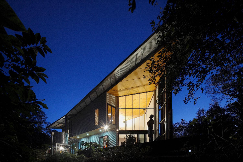 The-Gap-Residence-Guymer-Bailey-Architects-01.jpg