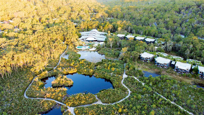Kingfisher-Bay-Resort-and-Village--guymer-bailey-02.jpg