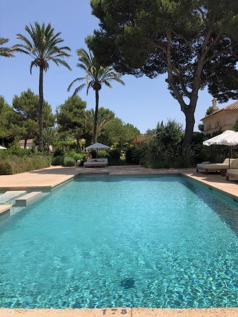 Fontsanta Hotel Pool.jpg