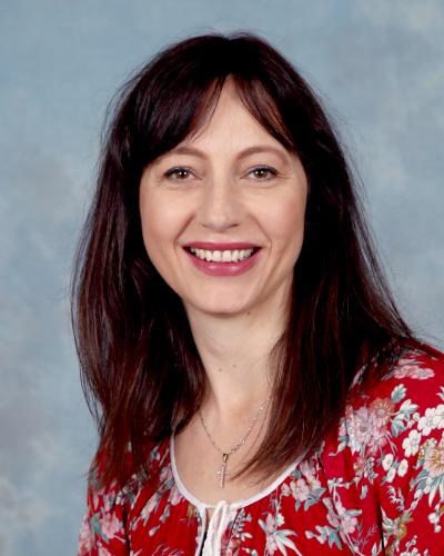 Business Manager -Karmen Vannutini