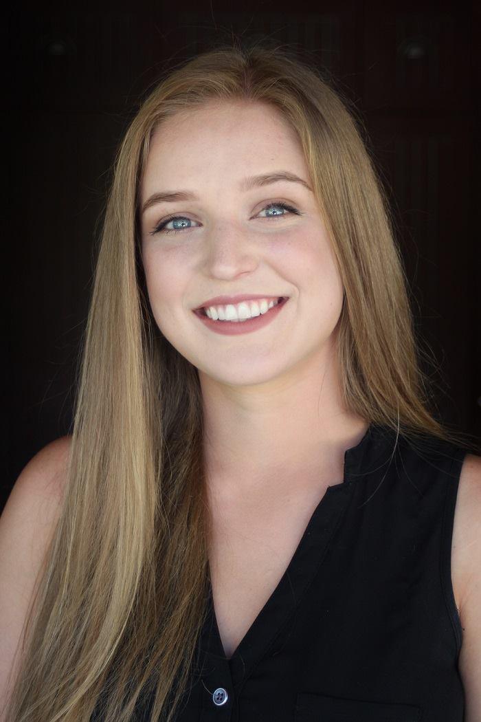 Rachel Park as Johanna