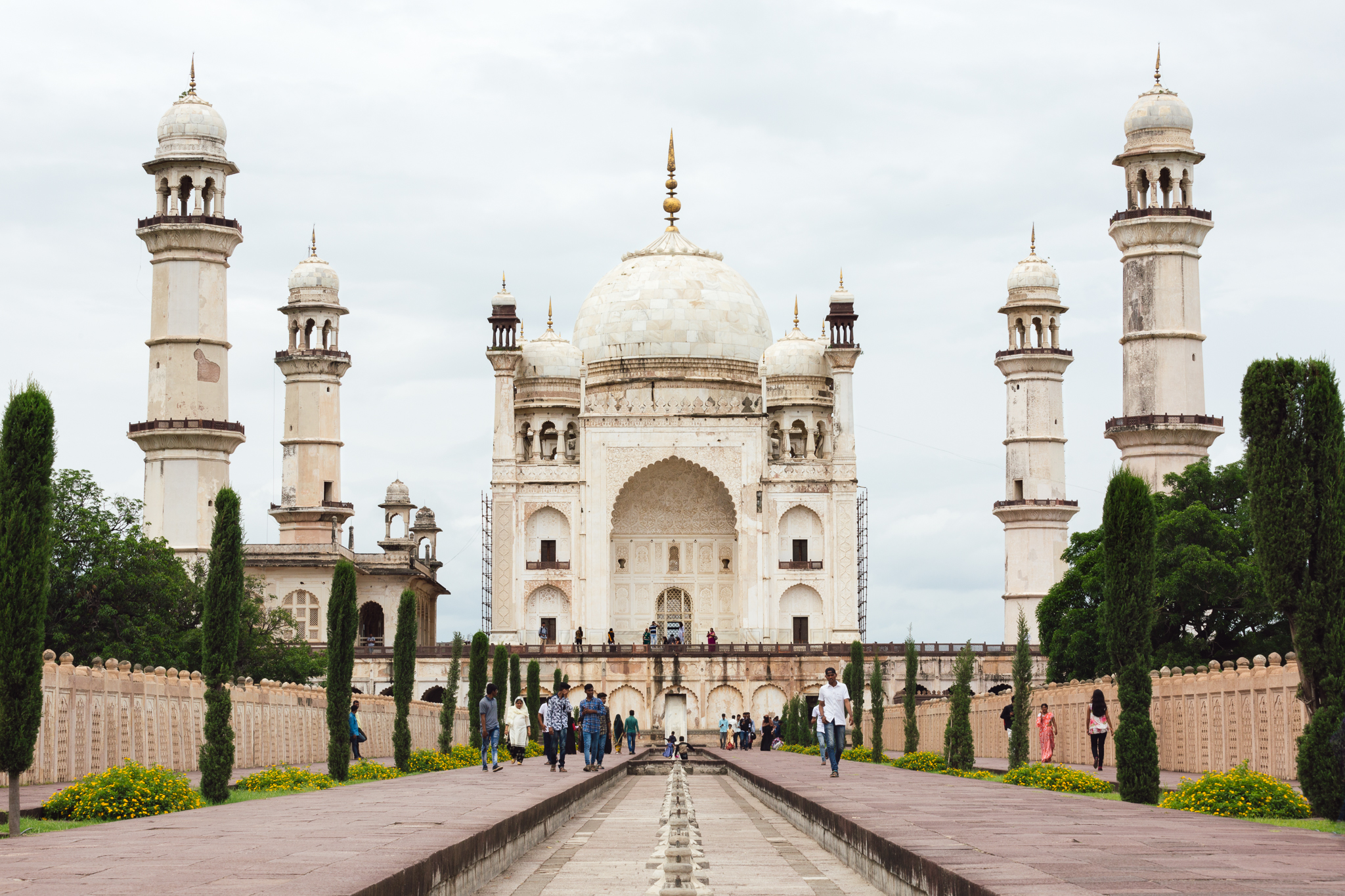 This was a replica of the Taj Majal made from stone rather than marble built by a prince for his wife.