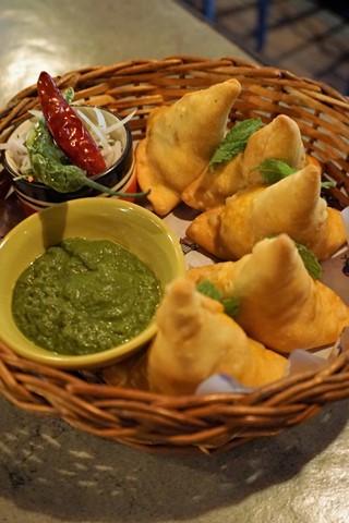 Delhi Butter Chicken Samosa