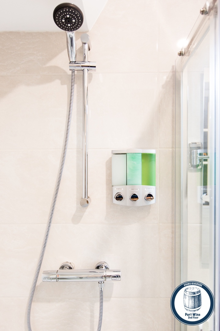 11. Douro Riverside - Port Wine (Bathroom Shower).jpg