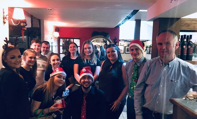 Hope you all had a wonderful Christmas 🎄✨from the Crown & Sandys team 🎄✨
