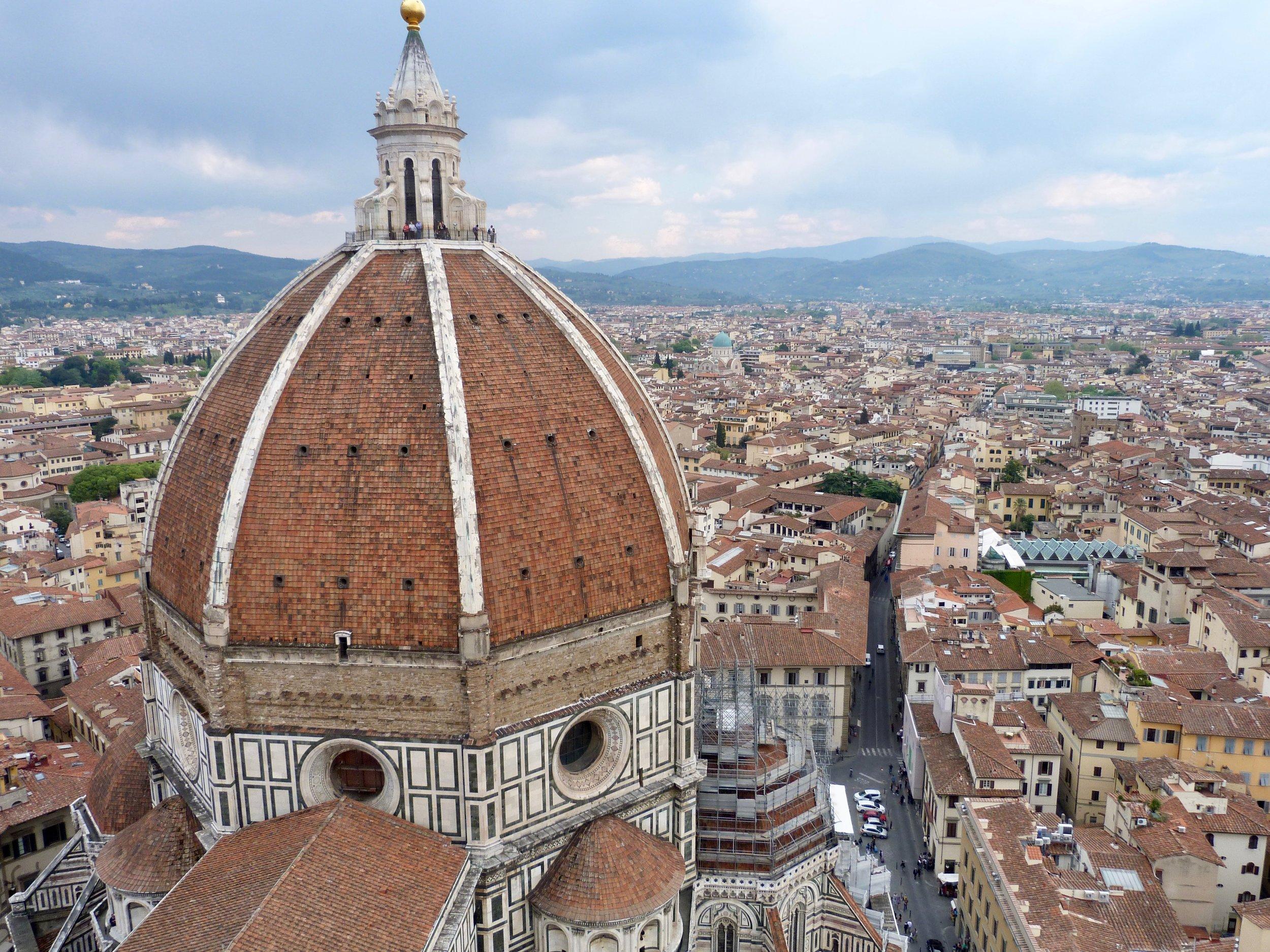 Vue sur Florence depuis le Campanile de Giotto, place du Duomo. C'est le clocher de la cathédrale de Florence, Santa Maria Del Fiore.